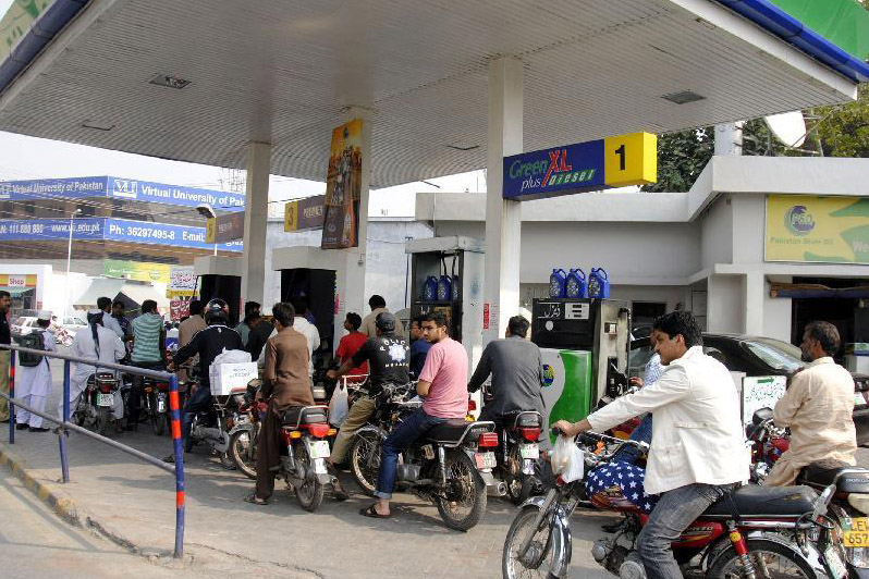 Government Decides Not To Increase Petrol Prices In June 1
