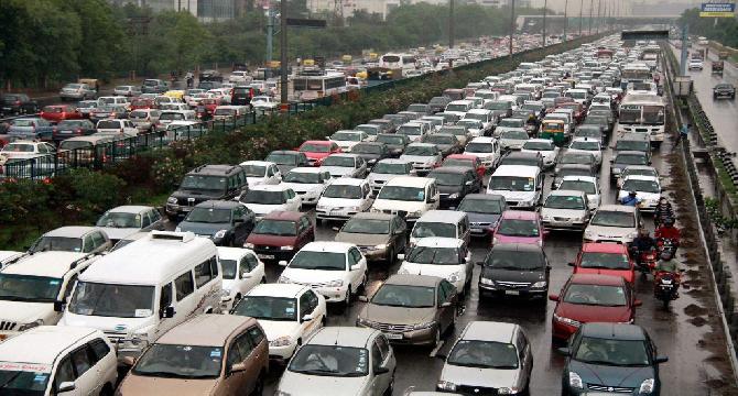 Pakistan Pursuing European Car Makers In Investment Push 1