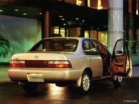 10 Most Beautiful Sedans In Pakistan 16