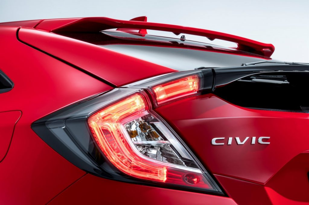 2017 Honda Civic (Euro-Spec) Hatchback Teased 10