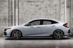 2017 Honda Civic (Euro-Spec) Hatchback Teased 3