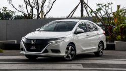 Honda Gienia Launched in China 6