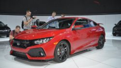 2017 Honda Civic Si Unveiled at LA Auto Show 2