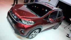 Honda Unveils the WR-V Crossover at 2016 Sao Paulo Auto Show 4