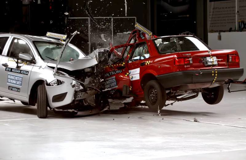 nissan-crash-test