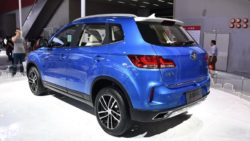 FAW Unveils the X40 SUV at 2016 Guangzhou Auto Show 7