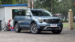 GAC Trumpchi GS8- The Finest Chinese SUV Ever 18