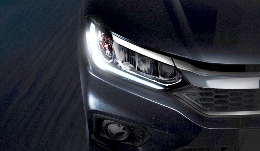 2017-Honda-City-headlamp-teased