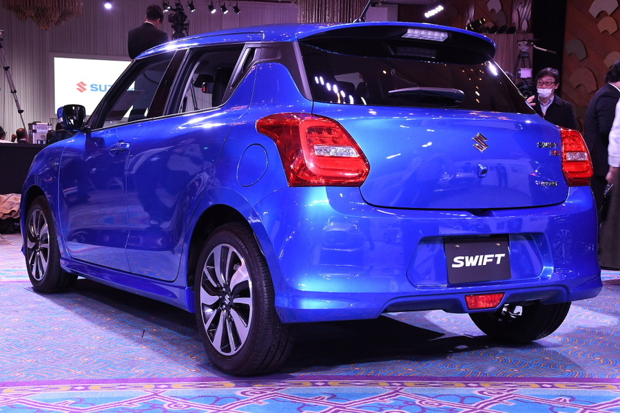 2017 Suzuki Swift- Gallery and Video 7