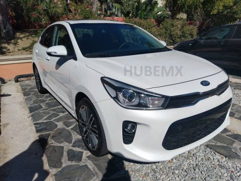 2017 Kia Rio Sedan Spied Undisguised in Mexico 2