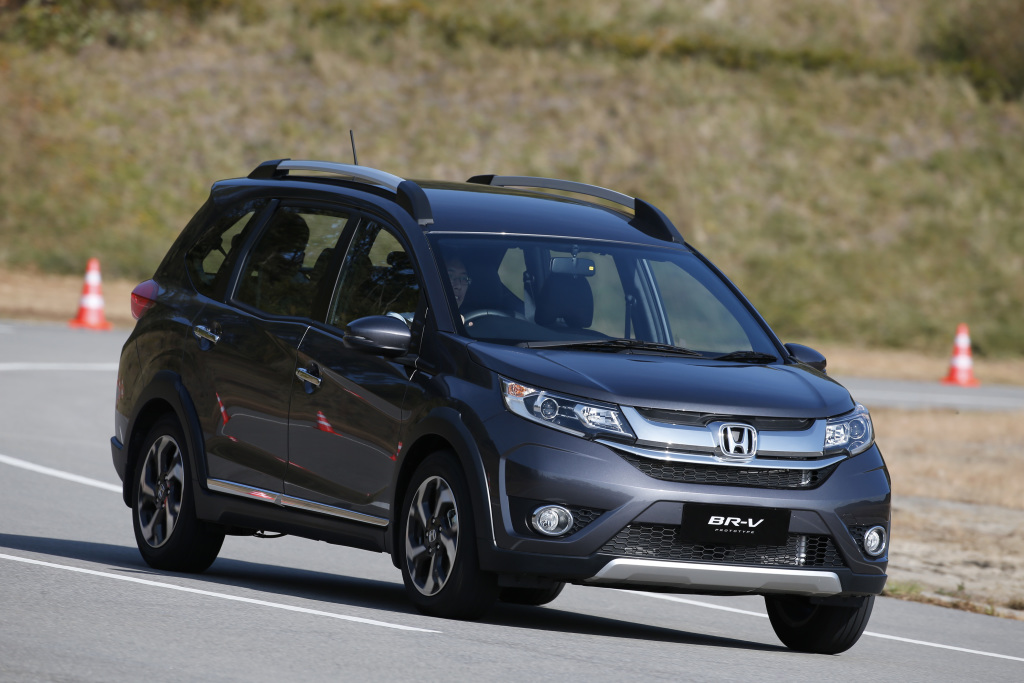 Comparison: Toyota Rush and Honda BR-V 19