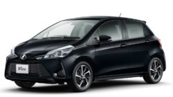 2017 Toyota Vitz Facelift Launched in Japan 8