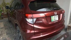 User Review: Honda Vezel of Ahmad Zaheer 13
