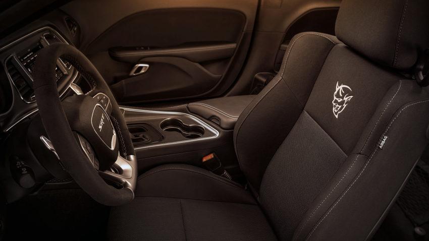 The 840 HP Dodge Challenger SRT Demon 2018 6