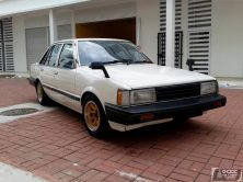Daihatsu Charmant- A Reliable Sedan of the 1980s 5