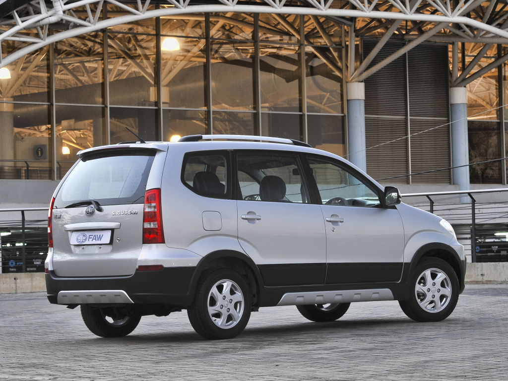 Four 7 Seater MPVs You Can Buy 17