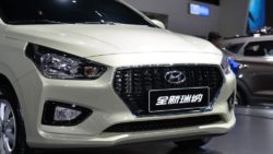 Hyundai Reina Sedan Unveiled 8