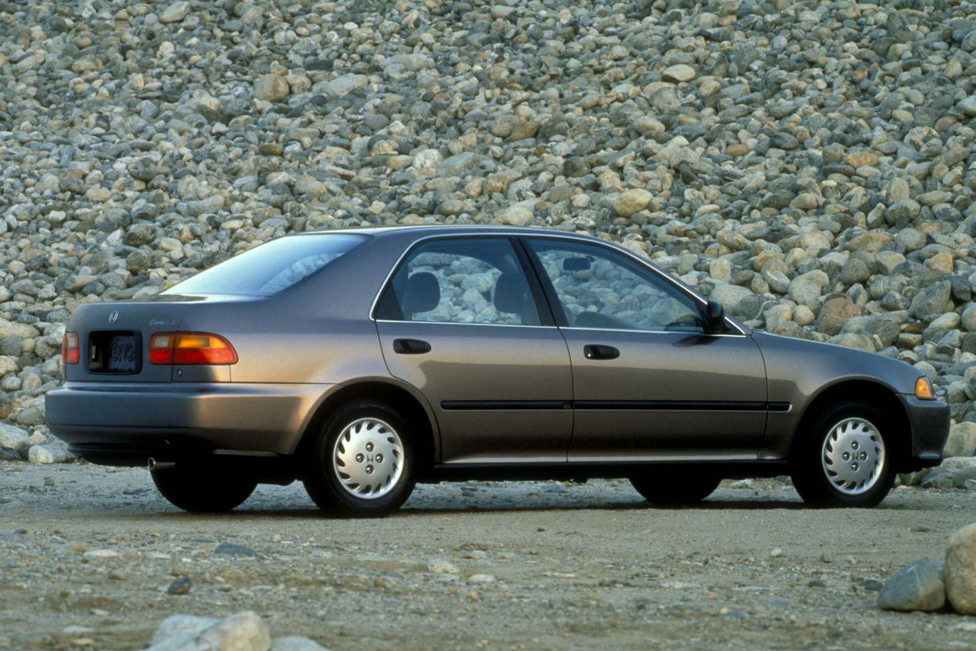 Craze of Yesteryear- The 5th Generation Honda Civic 10