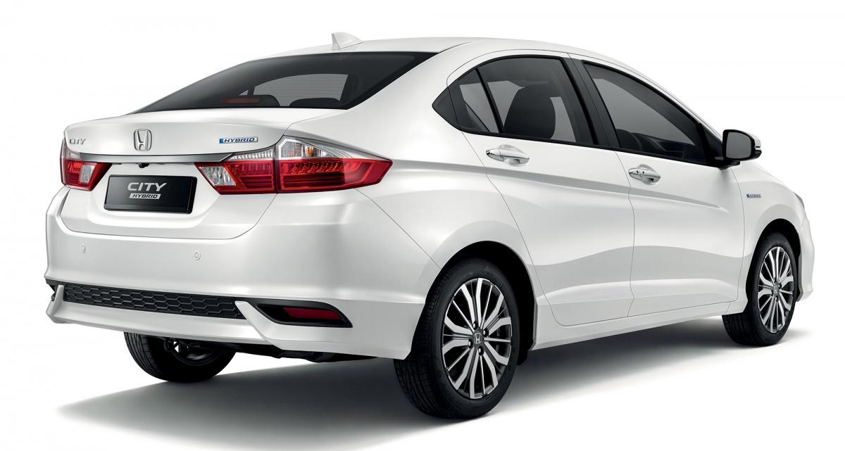 Honda-City-Hybrid-Launched-in-Malaysia-Rear-Three-Quarters – CarSpiritPK