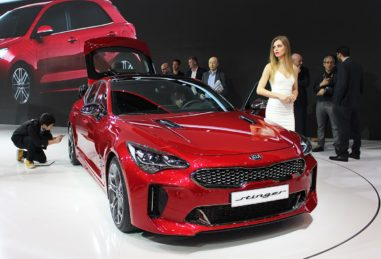 KIA will Launch Stonic and Stinger in Europe 8