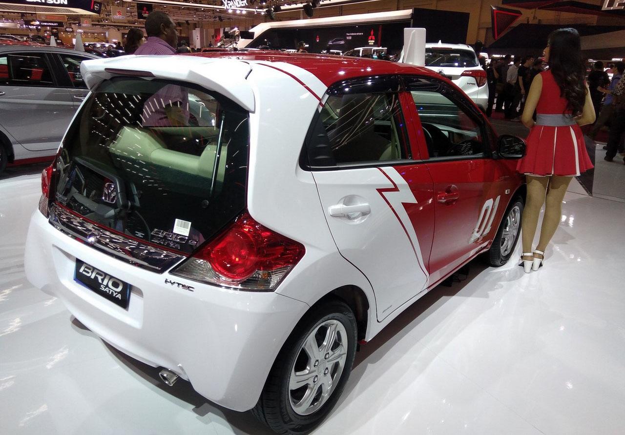 GIIAS 2017: Honda Civic Hatchback, HR-V Mugen & Brio Satya ...