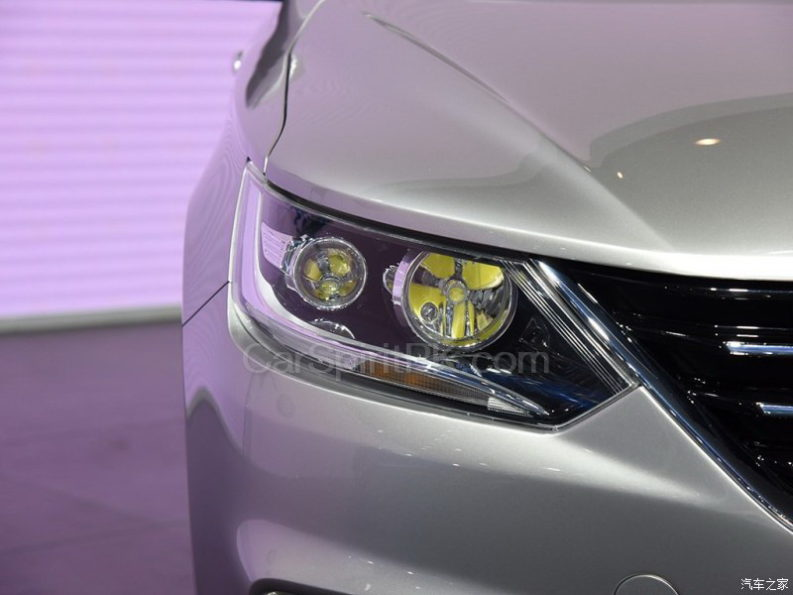 All New FAW A50 Sedan Displayed at 2017 Chengdu Auto Show 1
