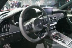 KIA will Launch Stonic and Stinger in Europe 13