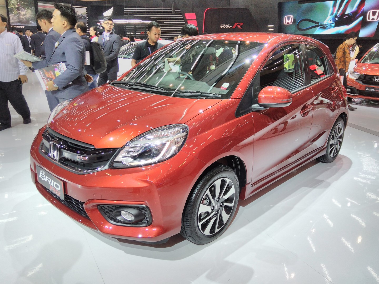 GIIAS 2017: Honda Brio RS and Mobilio RS 1