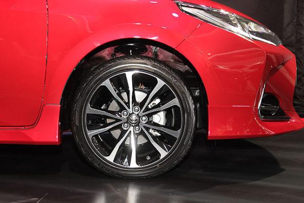2017 Toyota Corolla Altis X Launched in Taiwan 8