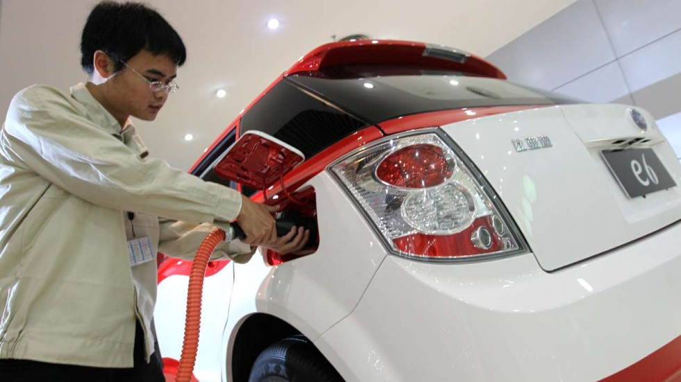 China Considering to Ban Petrol and Diesel Powered Cars 1