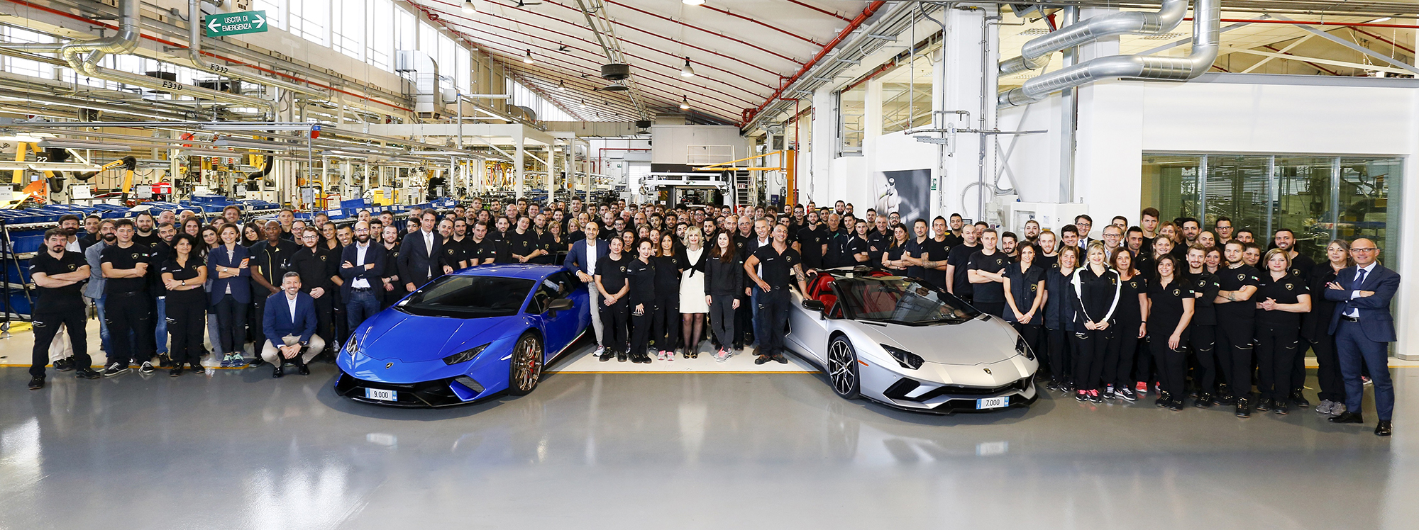 Lamborghini Produces 7,000th Aventador and 9,000th Huracan 5