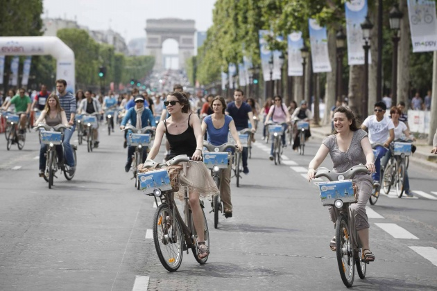 Paris-Car-Free-Day-Sept-25-1-630×420