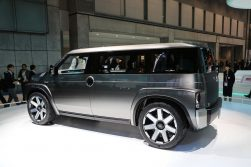 Toyota's Macho TJ Cruiser Concept to Go into Production 8