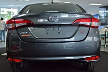 Vios or Yaris Ativ.. Which One Should Replace XLi and GLi in Pakistan? 5