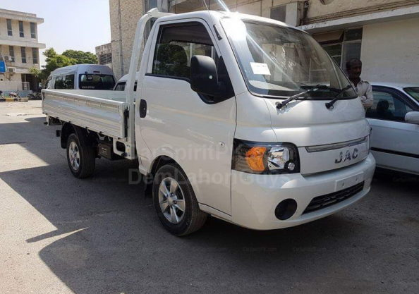 """Everything Wrong with the Suzuki Mega Carry """"Extra"""" 19"""