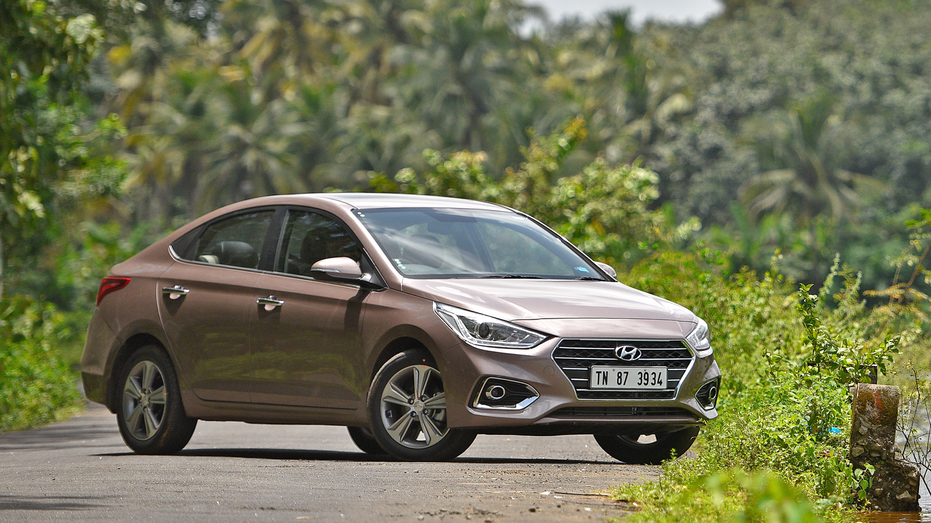 Should Hyundai-Nishat Introduce Verna Sedan in Pakistan? 17