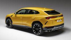 Lamborghini Urus Debuts As The World's Fastest SUV 16