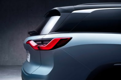 NIO Officially Launches the ES8 7-seat Electric SUV 9