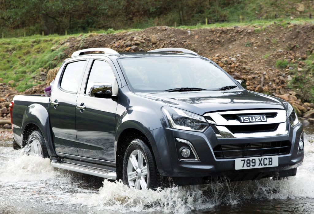 Isuzu D Max Might Create Problems For Toyota Hilux Carspiritpk