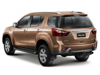 Isuzu D-MAX Might Create Problems for Toyota Hilux 8