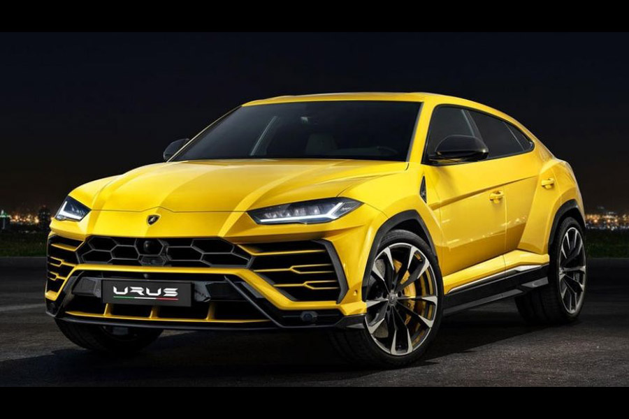 Lamborghini Urus Debuts As The World's Fastest SUV 6
