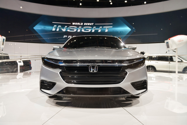 2019-honda-insight_100640082_m