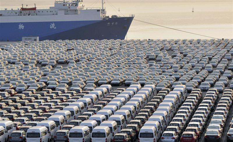 Over 7,000 Imported Used Cars are Lined Up at Karachi Port 1