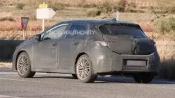 Toyota to Debut 2019 Corolla Hatchback at Geneva Motor Show 9