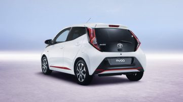 2018 Toyota Aygo Facelift Previews Ahead of Geneva 3