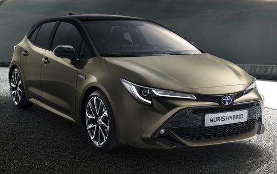 2018 Toyota Auris Officially Revealed: Will Form the Basis of the Next-Generation Corolla 1