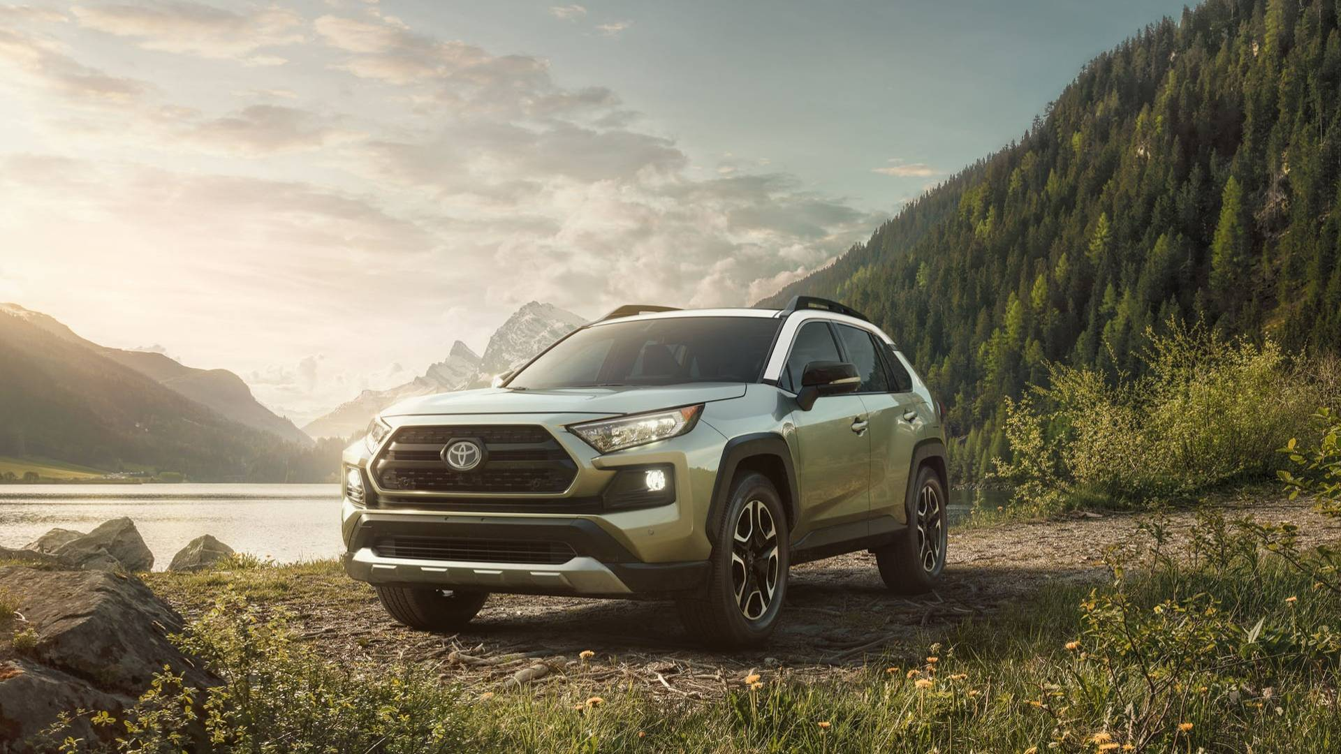 The All-New 2019 Toyota RAV4 Debuts at the 2018 New York International Auto Show 2