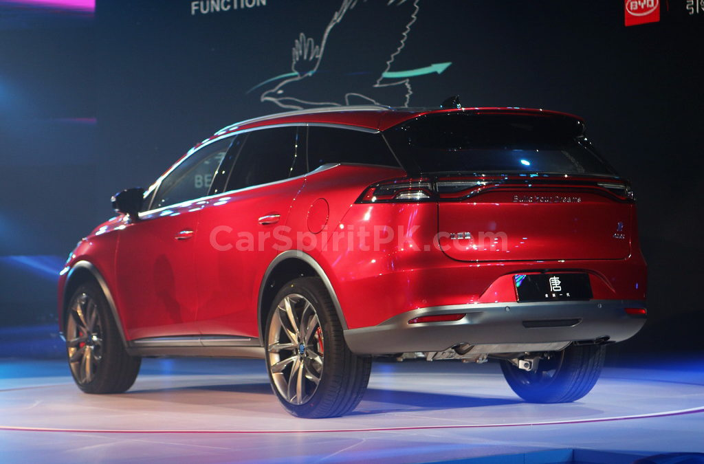 BYD Tang- The 7-seat SUV that will do 0-100 in 4.5 Seconds! 5