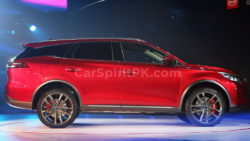 BYD Tang- The 7-seat SUV that will do 0-100 in 4.5 Seconds! 15