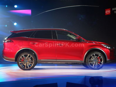 BYD Tang- The 7-seat SUV that will do 0-100 in 4.5 Seconds! 9